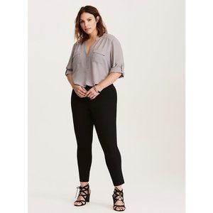 Torrid | Studio Deluxe Stretch Pull-on Pixie Pant